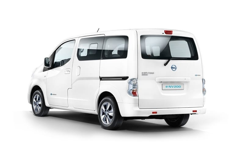 Nissan NV200 e-NV200 Combi M1 Elec 40kWh 80KW FWD 109PS Visia 50kW QC Combi Auto [5Seat] back view